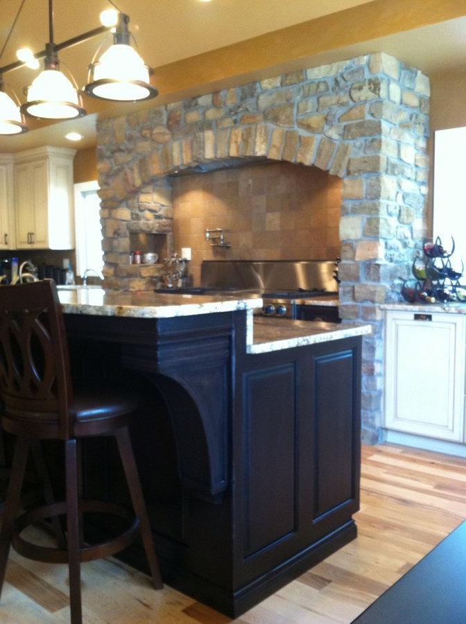 Custom Kitchen Cabinets (Painted / Glazed w/ Distessed Island)