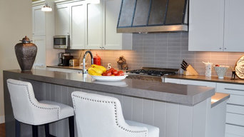 Custom Kitchen Countertops and Island