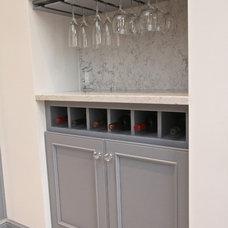 Modern Kitchen by Hoboken Cabinetry