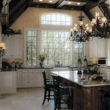 Custom Kitchen in a Spectacular Luxury Estate
