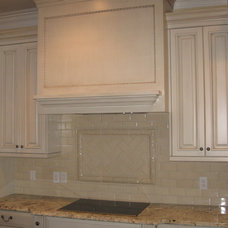 Contemporary Kitchen by McSpadden Custom Homes