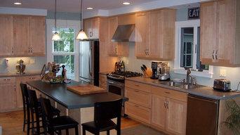 Custom Kitchen - Shaker Style Maple