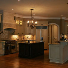Traditional Kitchen by Tom Stevenson Building Co