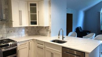 Custom Kitchen w/ Built Ins & Family Room Refresh