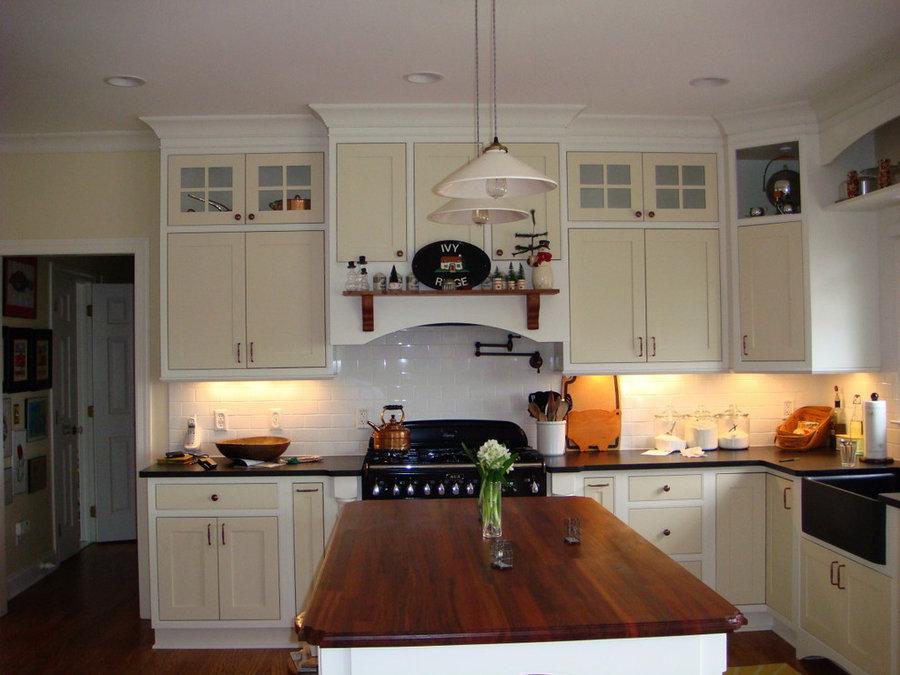 Custom Kitchen w/ Inset Doors ( 2-Tone Paint)