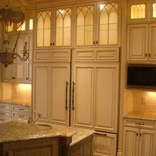 Traditional Kitchen by Carolina Cabinet Specialist