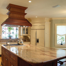 Traditional Kitchen by Carriage House Developments