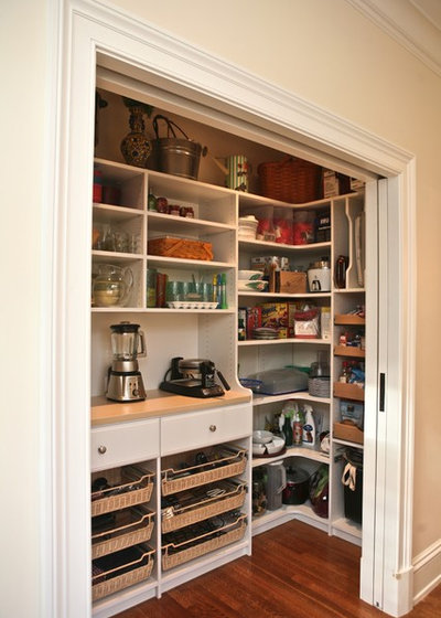 American Traditional Kitchen by Marie Newton, Closets Redefined