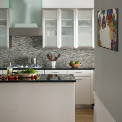 modern kitchen by Eleven Interiors