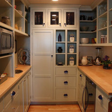 Traditional Kitchen by Wallace Cabinetry