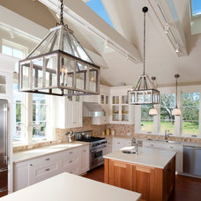 Traditional Kitchen by Foley Fiore Architecture