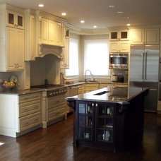Traditional Kitchen by JandB Kitchen Designs