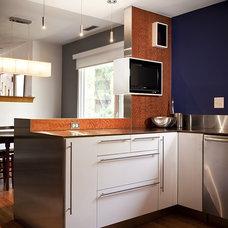 Modern Kitchen by Alloy Workshop