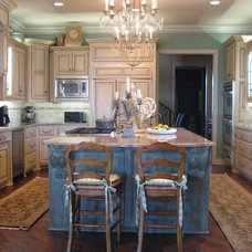Traditional Kitchen by Kathryn Vaught Interiors