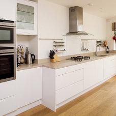 Contemporary Kitchen by Divine Design