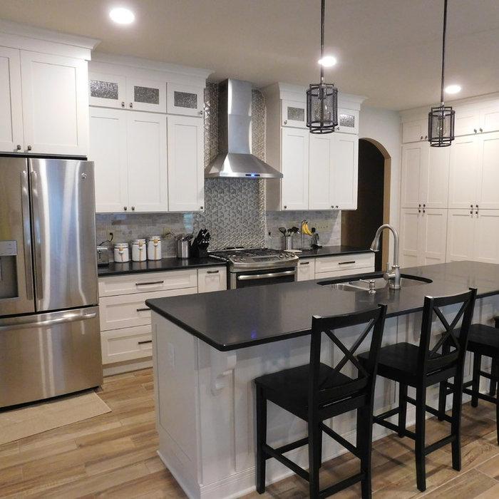 Dallas Transitional Kitchen