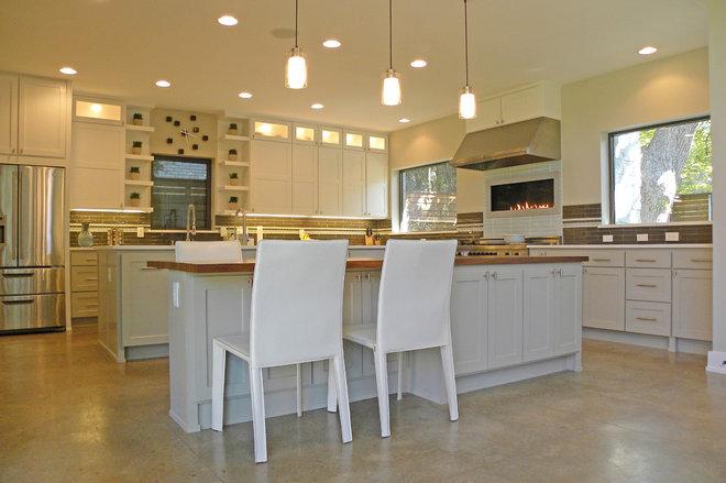 Transitional Kitchen by Sarah Greenman
