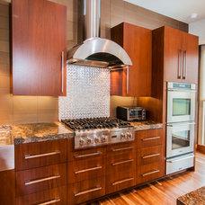 Contemporary Kitchen by Stephanie Kratz Interiors