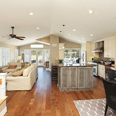 Beach Style Kitchen by THE KITCHEN LADY, Enriching Homes With Style