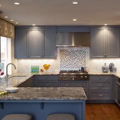 Danbury Kitchen & Family Room