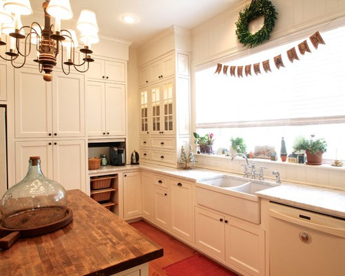 Example Of A Classic Kitchen Design In Dallas With Shaker Cabinets, A  Double Bowl
