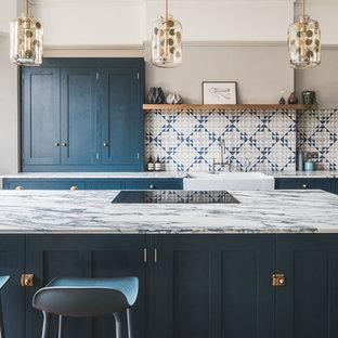 Dark Blue Geometric Kitchen