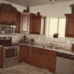 Knotty Alder Cabinets   South Jordan, US 84095