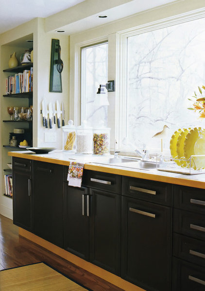 modern kitchen by Susan Serra, CKD