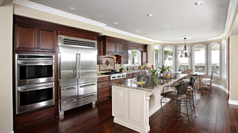 Dark cabinets with white island in Laguna Niguel, CA
