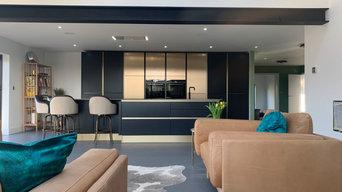 Dark Grey & Bronze handleless family kitchen Milton Keynes