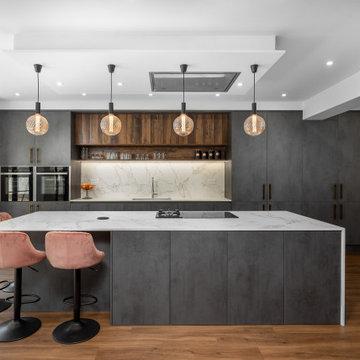 Dark Grey & Wood Kitchen