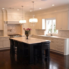 Traditional Kitchen by KraftMaster Renovations