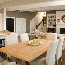 Beach Style Kitchen by collaborative interiors