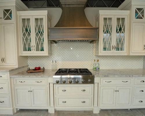 Cucina shabby-chic style Cleveland - Foto e Idee per Ristrutturare e ...