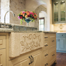 Traditional Kitchen by David Lewis Builder