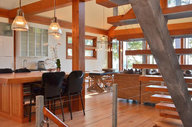 Contemporary Kitchen by Streamline Design Ltd. - Kevin Simoes