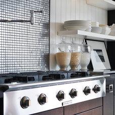 Contemporary Kitchen by Dawna Jones Design