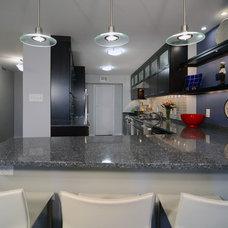 Contemporary Kitchen by John Audet - Case Design/Remodeling Inc.