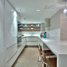 Contemporary Kitchen by Denise Calvo Interiors