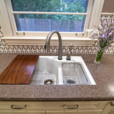 Eclectic Kitchen by DDS Design Services, LLC by Jeff Kida