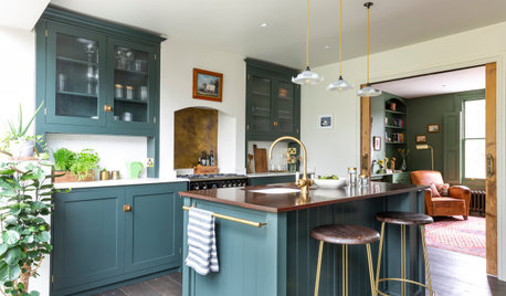 8 Gorgeous Kitchens With Reclaimed or Recycled Worktops