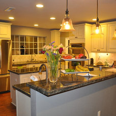 Kitchen by Horizon Construction & Remodeling