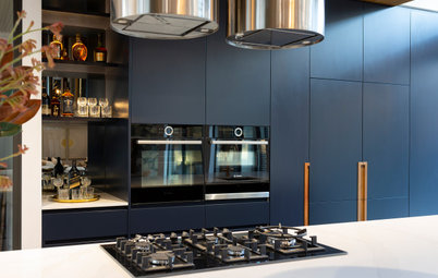 Room of the Week: Dark Blue and Metallics Make a Striking Kitchen