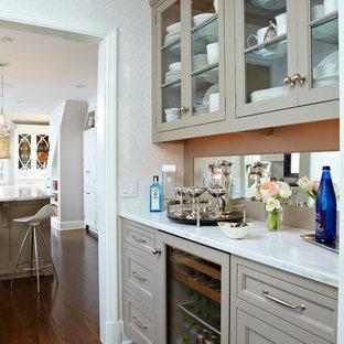 ニューヨークのトランジショナルスタイルのおしゃれなキッチンの写真
