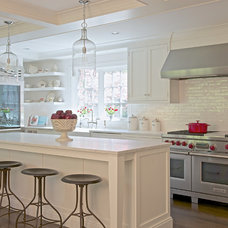 Traditional Kitchen by DEANE Inc | Rooms Everlasting