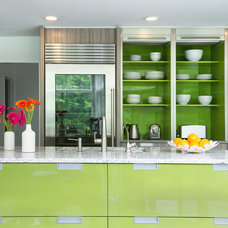 Contemporary Kitchen by DEANE Inc | Rooms Everlasting