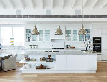 Deborah Hutton's Hamptons Style Freedom Kitchen