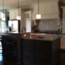 Transitional Kitchen by Distinctive Designs Inc. Kitchen & Baths