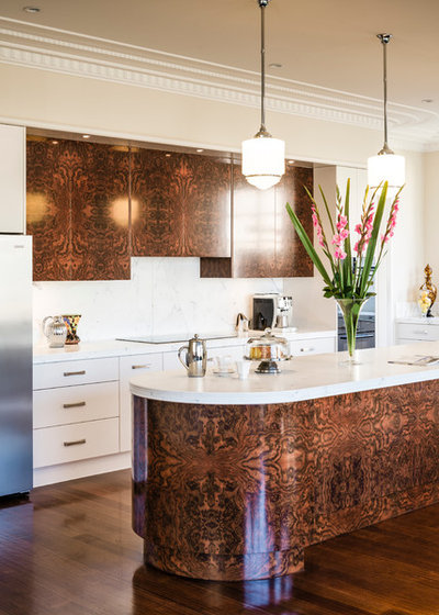Modern Kitchen by Smith & Smith Kitchens
