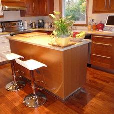 Contemporary Kitchen deconut